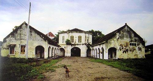 Fort Vastenburg - Gerbang 1998 (van Diessen)