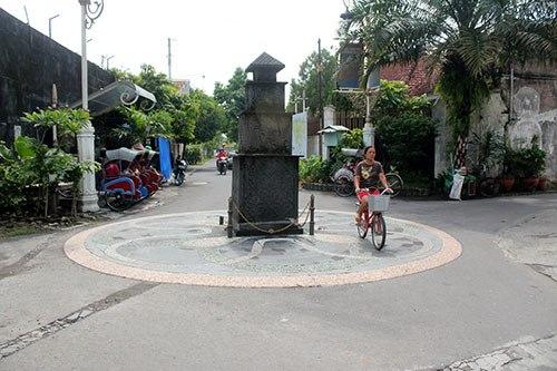 Suasana-jalan-di-Kampung-Batik-Laweyan