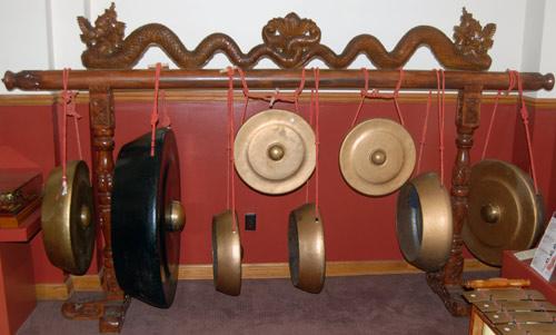 gamelan kempul gong