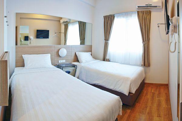 tune hotel solo - foto kamar