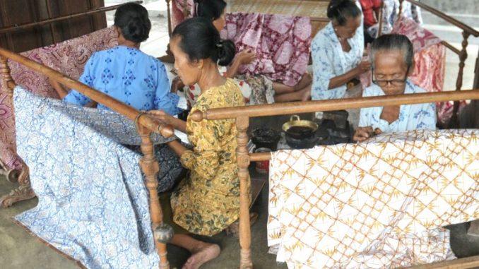 Belanja di Kampung Batik Kauman