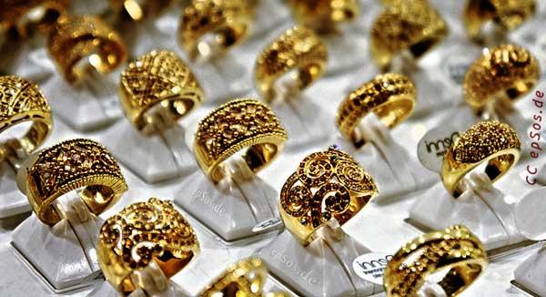 contoh jenis emas perhiasan model cincin