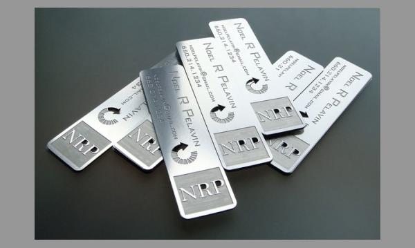 contoh-kartu-nama-embos-studioembossed-com