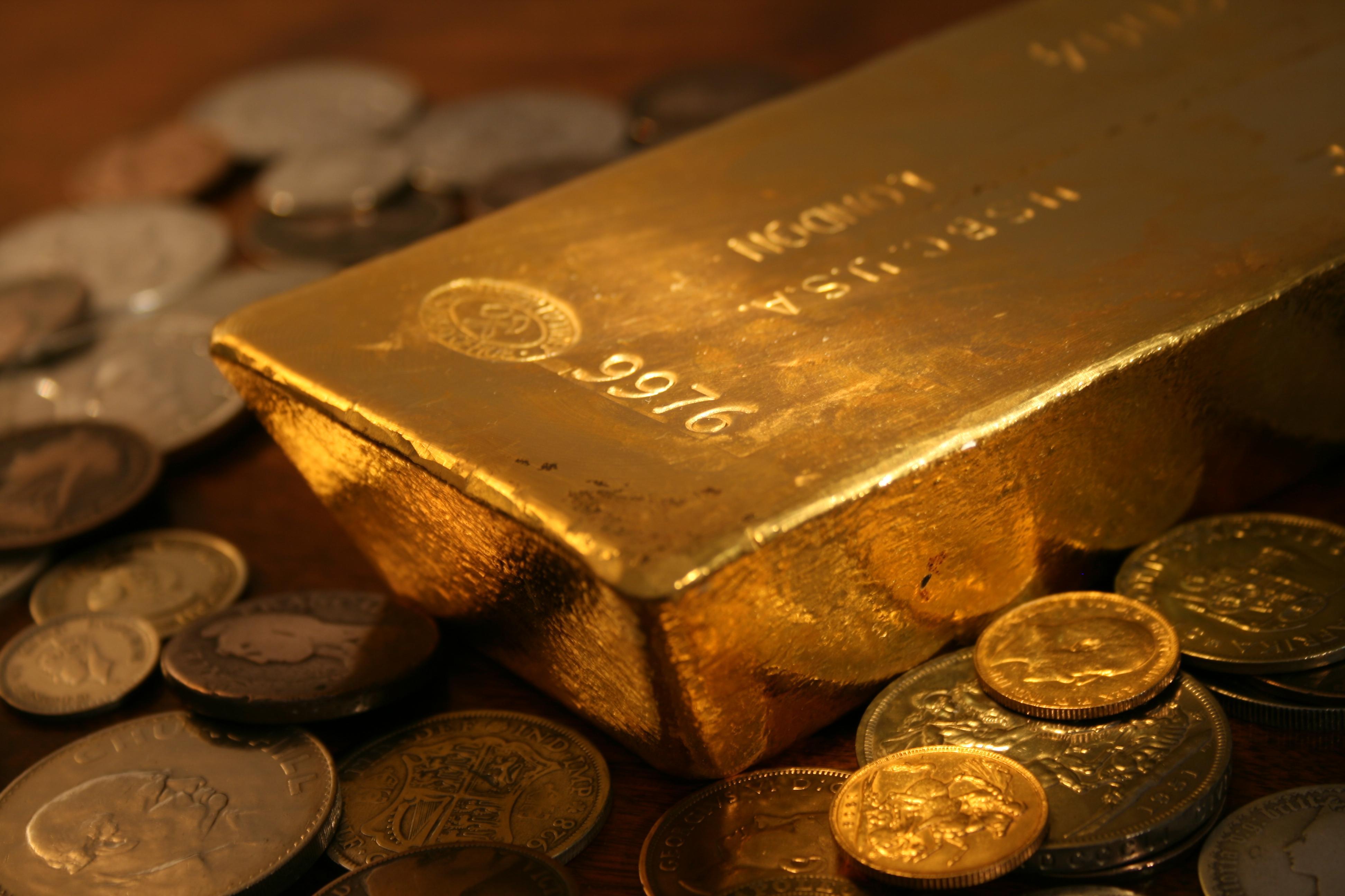 membeli emas untuk investasi masa depan CC