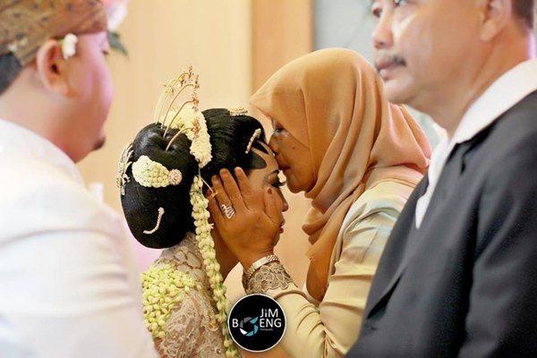 memilih-moment-terbaik-untuk-memotret-wedding
