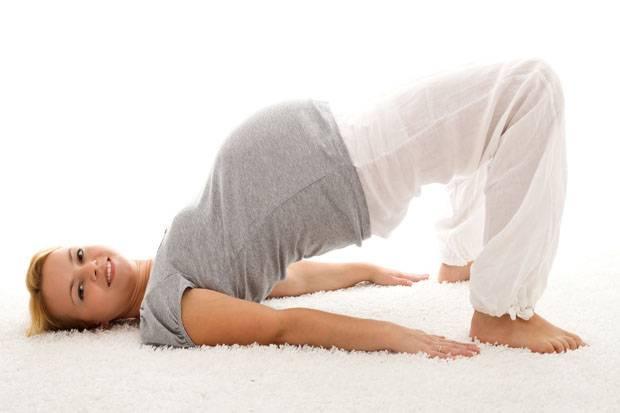 Lancar Bersalin dengan Latihan Panggul Selama Kehamilan