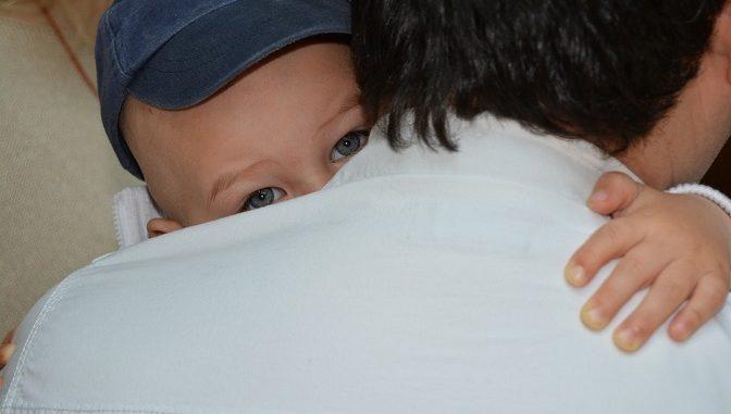 Pelukan dan ciuman adalah sentuhan yang paling sering anda lakukan