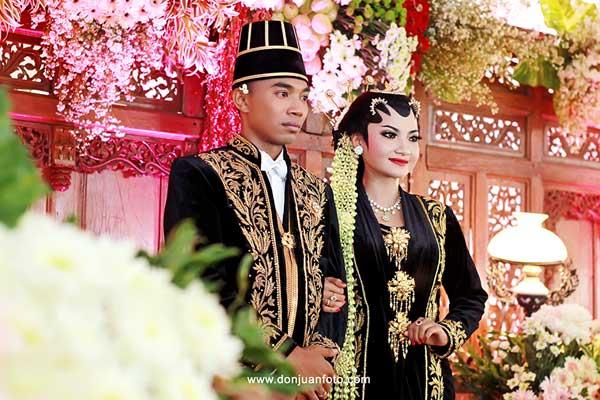 Busana dan rias pengantin Solo Putri dari Surakarta foto donjuanfotocom
