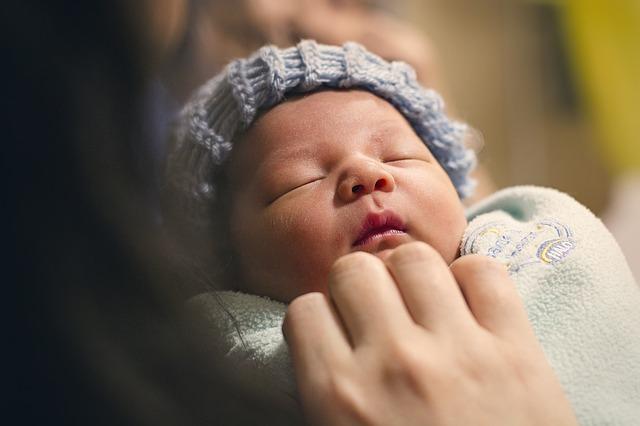 minggu-minggu pertama kelahiran bayi