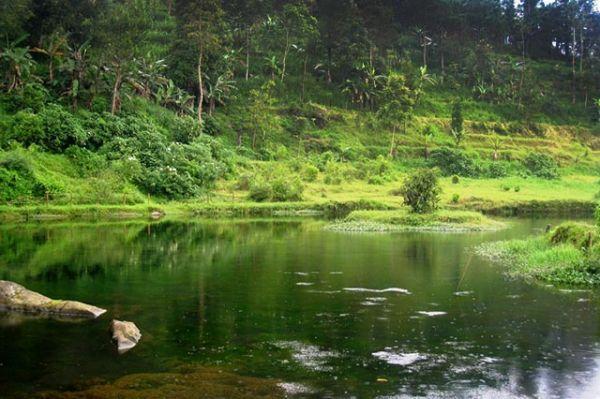 Tempat wisata alam karanganyar Telaga Madirdo