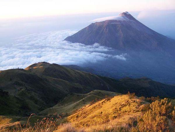 tempat wisata alam karanganyar gunung lawu penabirucom