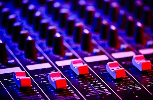 Usaha Jasa Sound System/CC/Sergiu Bacioiu
