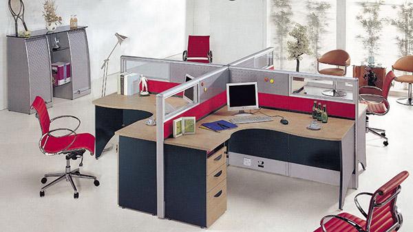 ruang-komputer-kantor-perusahaan