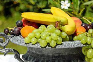 buah yang terbaik untuk mpasi bayi