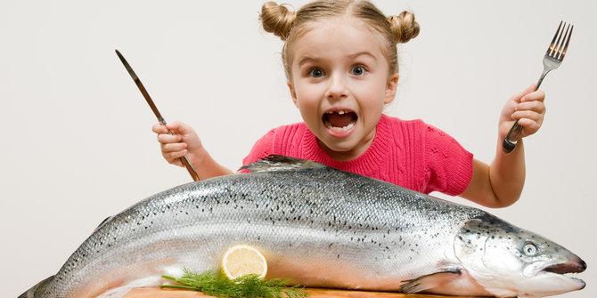 kapan bayi boleh makan ikan