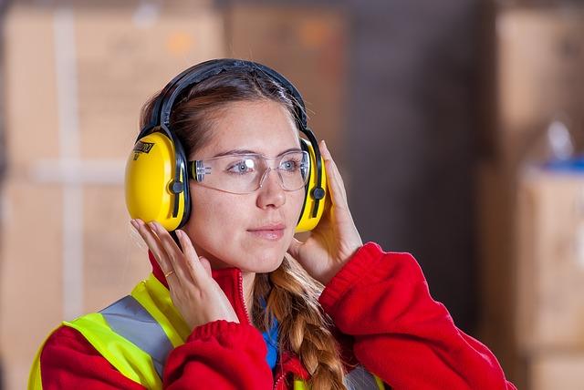 Alat Pelindung Diri - Penutup telinga (ear muff)