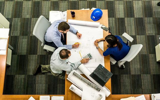 Alumni Jurusan Desain Interior Kerja di Perusahaan Konstruksi Interior