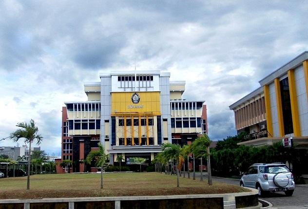 Gedung Fakultas Ekonomi Universitas Diponegoro