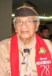 H. Idik Sulaeman Nataatmaja, AT. Pencipta lambang OSIS