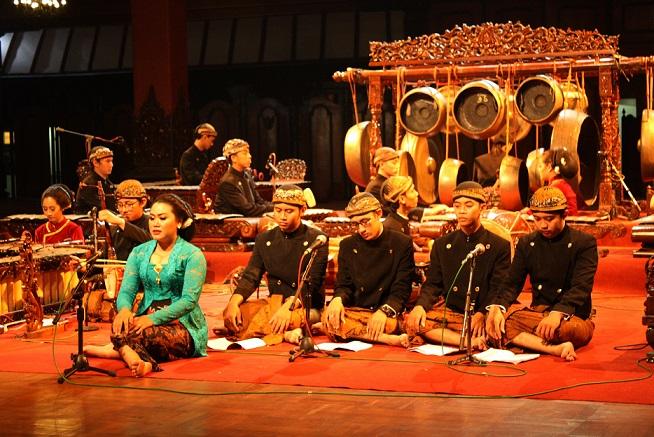Pertunjukan di Kampus ISI Surakarta