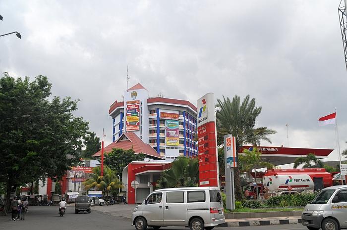 Universitas STIKUBANK Unisbank Semarang