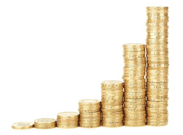 meningkatkan keuntungan usaha dengan menaikkan harga jual
