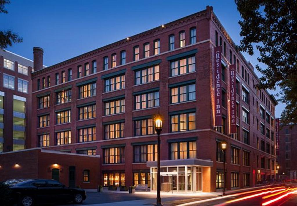 Hotel tertua dunia - Residence Inn Seaport