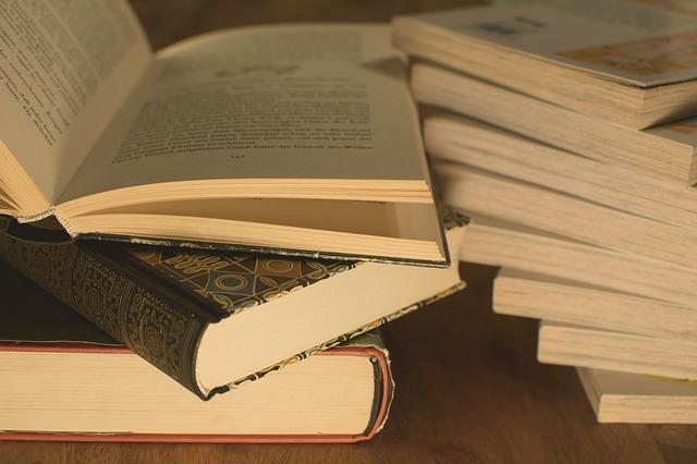 Jangan-enggan-membaca-buku-untuk-melengkapi-data-artikel