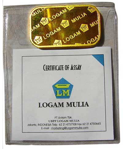 gambar-emas-batangan-beserta-sertifikat-dari-PT-Antam